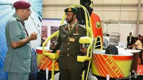 迪拜为消防员配喷气背包