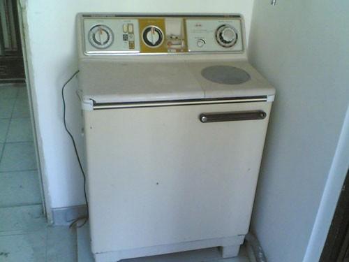 老式双缸洗衣机