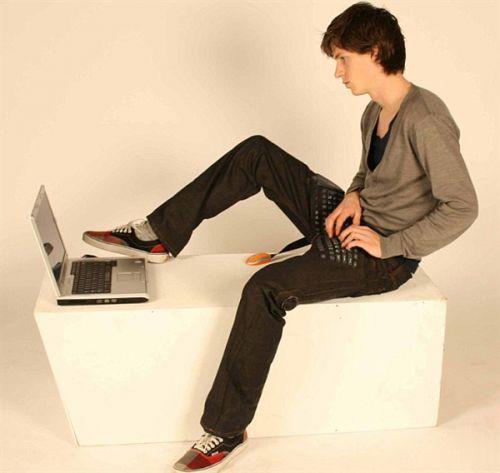 键盘牛仔裤