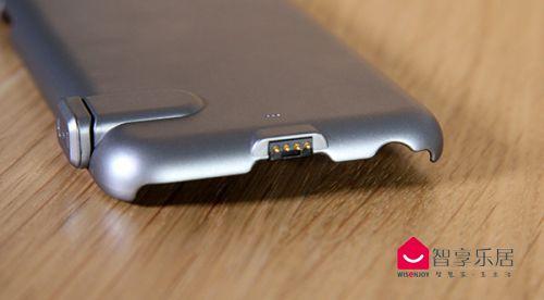 手机壳尾部金属触针