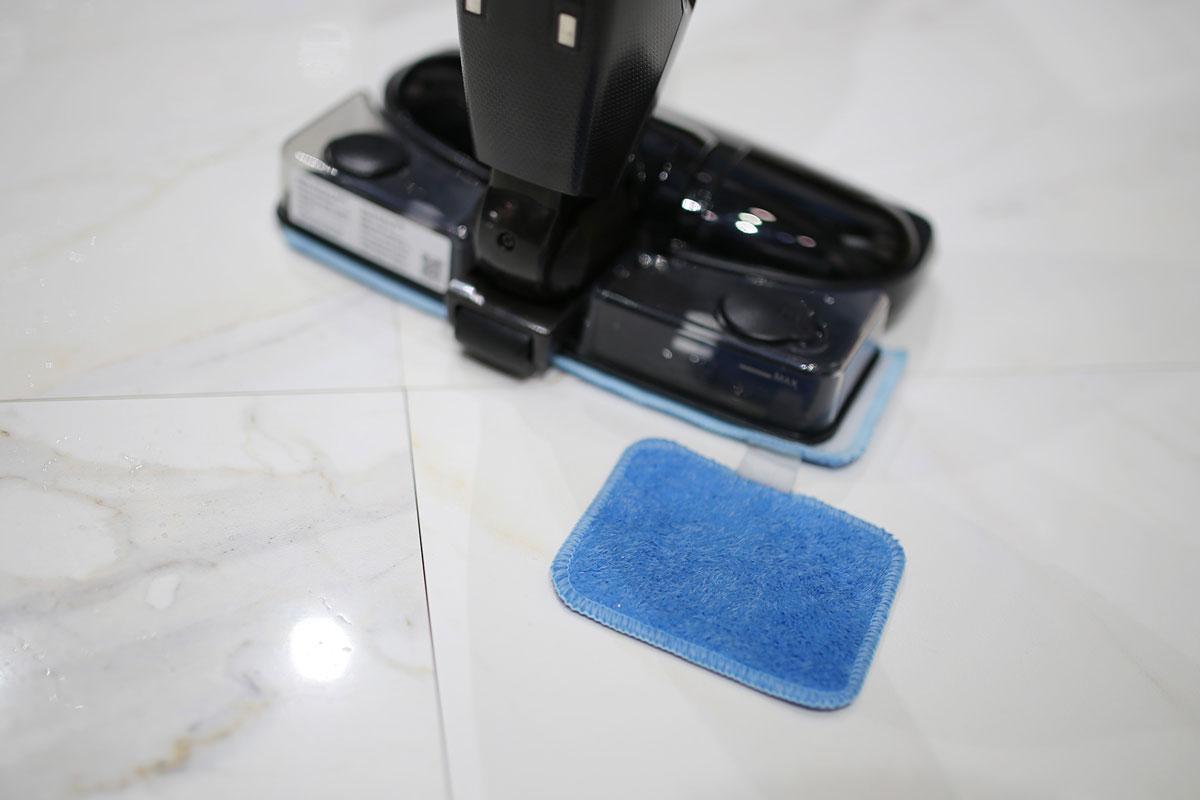 独立出来的小拖布,用于人工清洁顽固污渍
