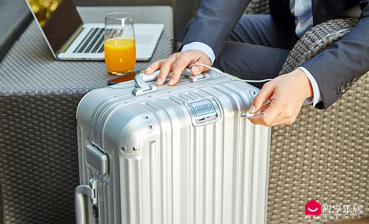 ALLOY+智能行李箱-1